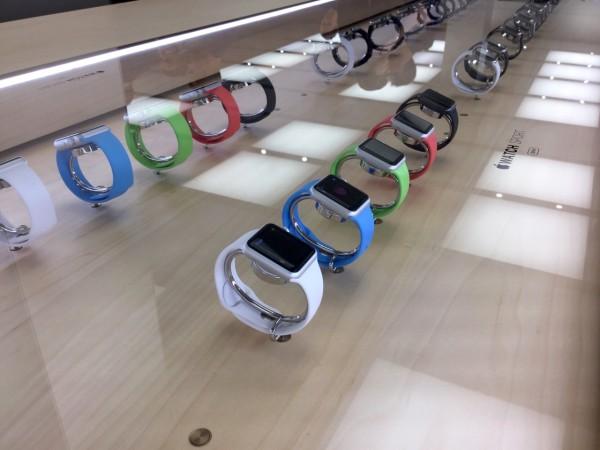 apple-watch-apple-store-8